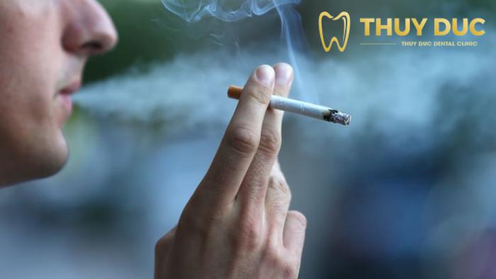 Hút thuốc lá 1