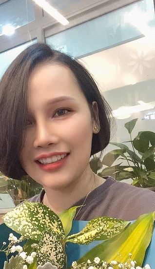 Chị Hương Hana sau khi niềng răng thành công tại Nha khoa Thúy Đức