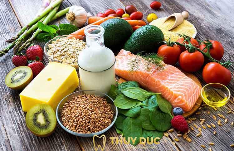 Duy trì chế độ ăn uống hợp lý sau khi niềng răng 1