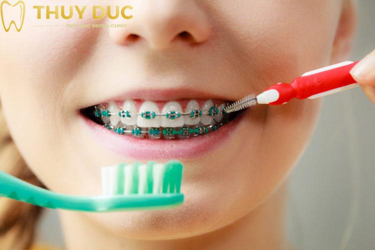 Hướng dẫn trẻ vệ sinh răng miệng đúng cách 1